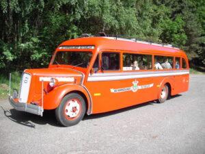 På Silkeborg Veteranrally i juni 2006 i Volvo B11 årgang 1938.
